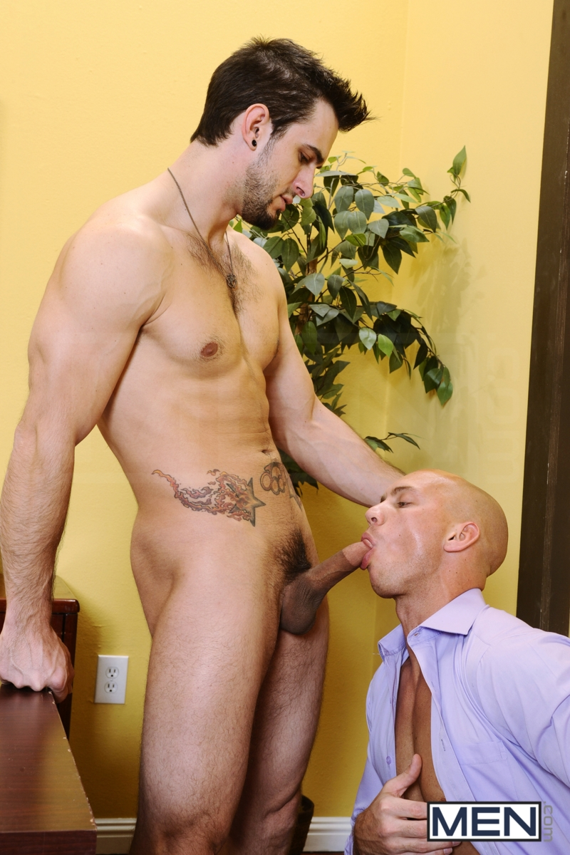 John-Magnum-and-Phenix-Saint-Men-com-Gay-Porn-Star-gay-hung-jocks-muscle-hunks-naked-muscled-guys-ass-fuck-group-orgy-07-gallery-video-photo