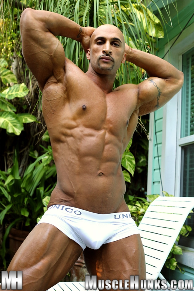 Rico-Cane-Muscle-Hunks-nude-gay-bodybuilders-porn-muscle-men-muscled-hunks-big-uncut-cocks-tattooed-ripped-02-pics-gallery-tube-video-photo