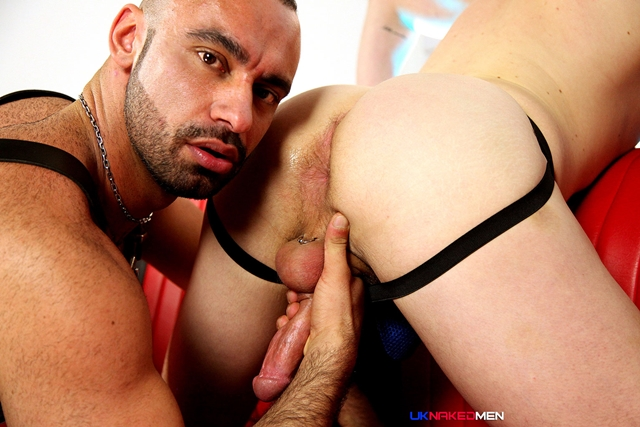 Tony-Thorn-and-Blue-Bailey-UKNakedMen-hairy-young-men-muscle-studs-British-gay-porn-English-Guys-Uncut-Cocks-006-male-tube-red-tube-gallery-photo