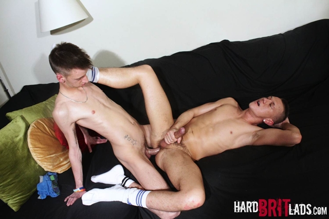 Hard-Brit-Lads-gay-oral-sex-action-Sky-James-Josh-Jared-asshole-ass-rimming-fucks-ride-arse-016-male-tube-red-tube-gallery-photo