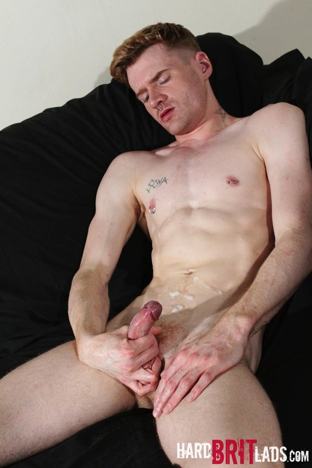 Hard-Brit-Lads-legs-ass-Seb-Evans-finger-hot-spunk-pecs-cum-spraying-ripped-abs-017-male-tube-red-tube-gallery-photo