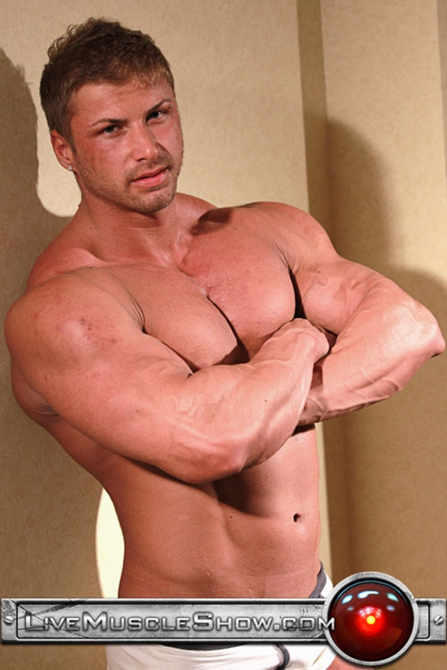 Live-Muscle-Show-Kane-Griffin-muscle-builder-muscled-hunk-young-abdominal-muscles-live-webcam-chat-008-male-tube-red-tube-gallery-photo