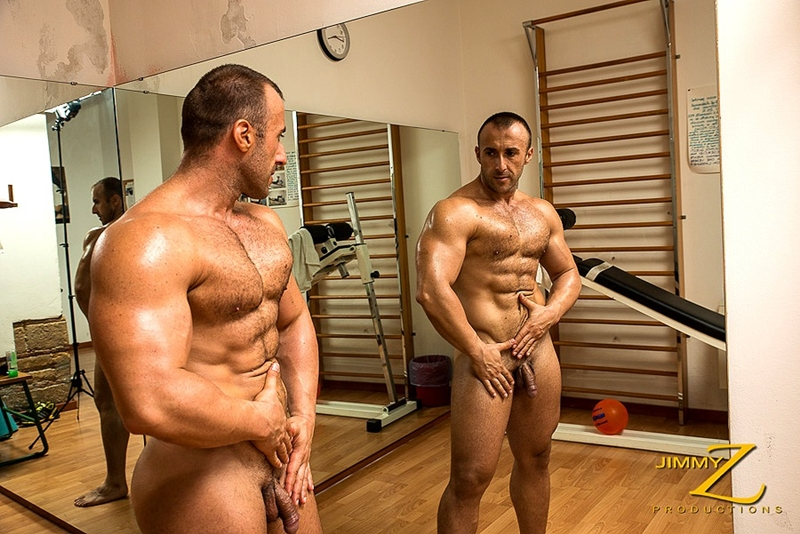 Drunk bodybuilding men xxx fucky