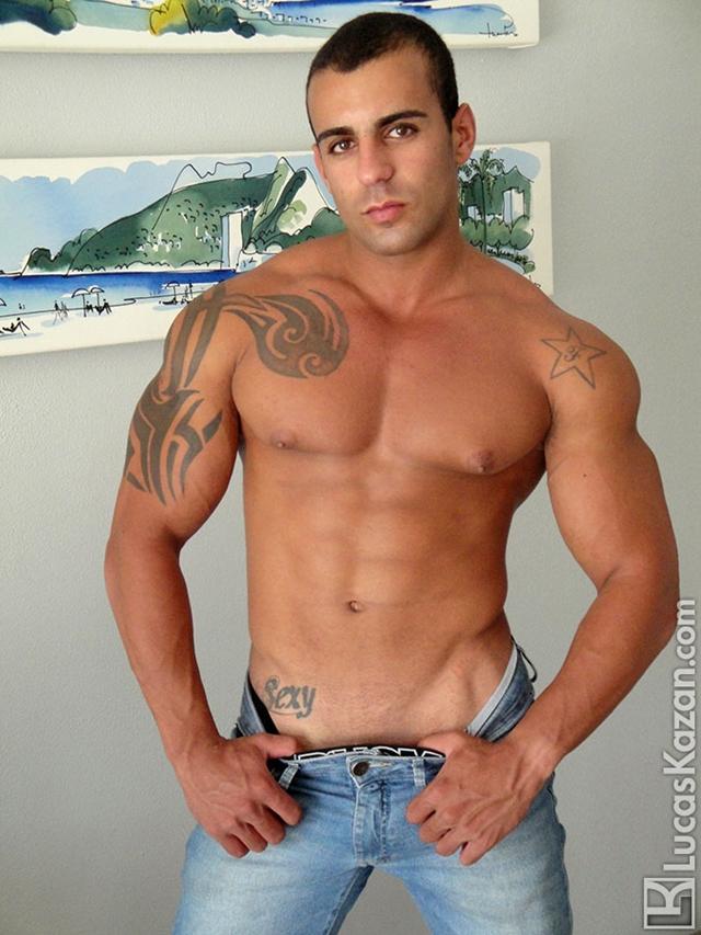 Lucas-Kazan-tattoo-22-years-old-Gabriele-broad-shoulders-pecs-chiseled-sixpack-rock-hard-body-beach-jock-006-male-tube-red-tube-gallery-photo