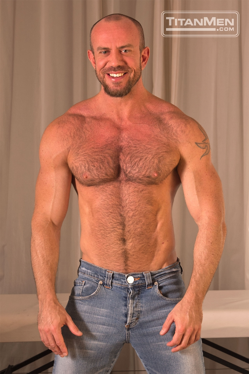 TitanMen-Matt-Stevens-strokes-Alex-Graham-massive-arm-squirts-a-hot-wad-pecs-rubs-wet-dick-bottom-balls-004-male-tube-red-tube-gallery-photo