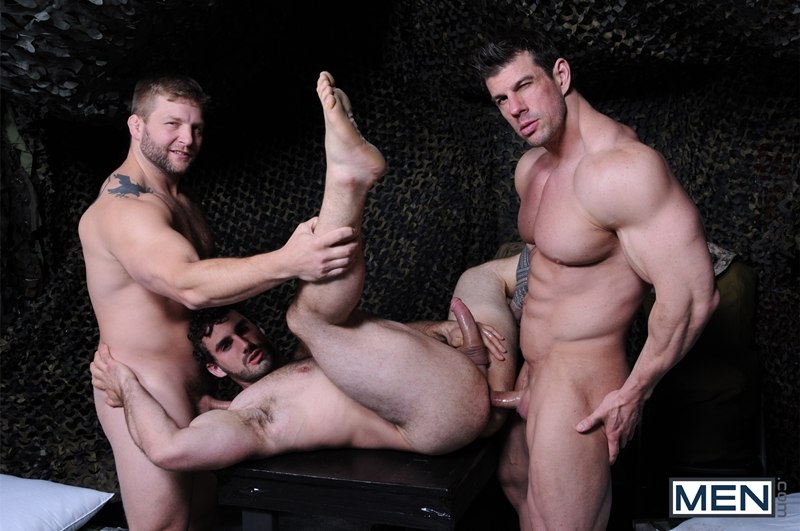 Men-com-Military-Tour-Duty-beefy-threesome-Zeb-Atlas-Colby-fucking-Jaxton-Wheelers-muscle-butt-horny-cock-whore-mouth-ass-011-tube-download-torrent-gallery-sexpics-photo