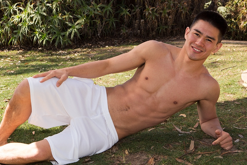 SeanCody-Young-muscled-jock-Michael-cute-face-ripped-six-pack-abs-average-sized-cock-jerks-dick-load-muscle-boy-cum-001-tube-download-torrent-gallery-sexpics-photo