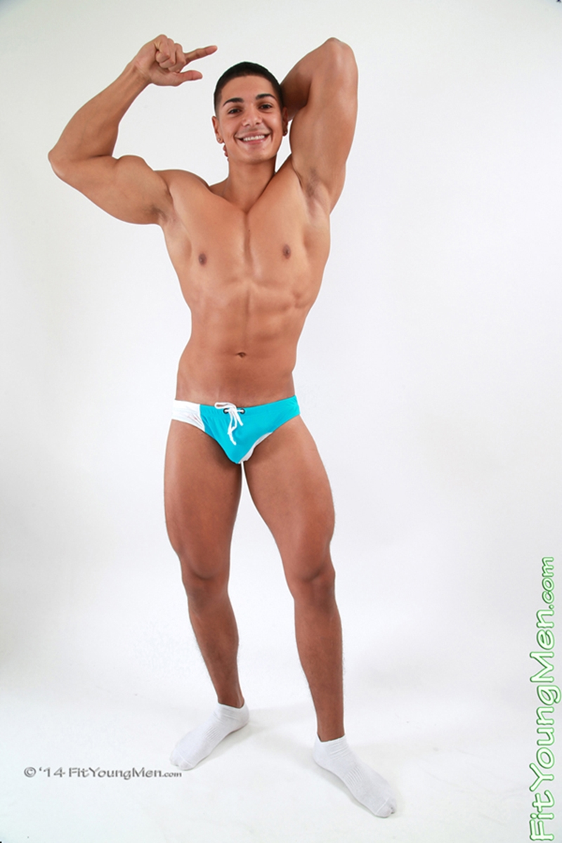 FitYoungMen-Naked-Men-Pics-sportsmen-Andrew-Huntly-Personal-Trainer-Age-18-year-old-Straight-big-uncut-cock-001-tube-download-torrent-gallery-sexpics-photo