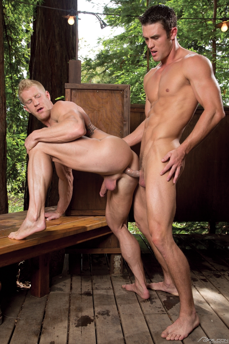 FalconStudios-sexy-Johnny-V-blond-tattooed-muscled-body-Ryan-Rose-naked-men-big-dicks-muscle-ass-rimming-butt-fucking-abs-010-tube-video-gay-porn-gallery-sexpics-photo