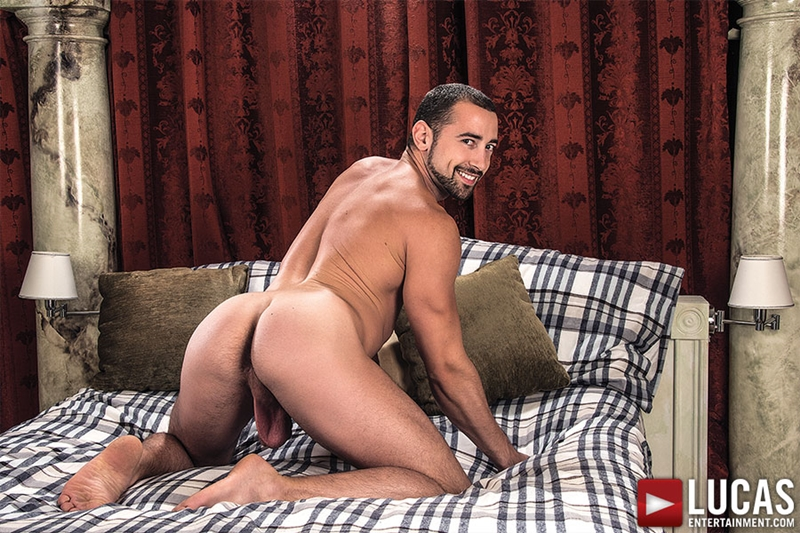 LucasEntertainment-Nigel-Banks-bareback-Donnie-Dean-Dato-Foland-sweaty-sex-raw-fucking-bare-fucks-gay-threesome-014-tube-video-gay-porn-gallery-sexpics-photo