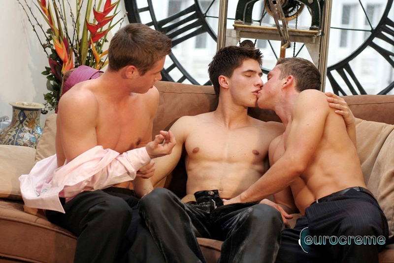 Eurocreme-Johan-Nic-Richard-gorgeous-young-men-horny-threesome-hottest-mutual-dick-sucking-spit-roasting-fucking-huge-loads-018-gay-porn-video-porno-nude-movies-pics-porn-star-sex-photo