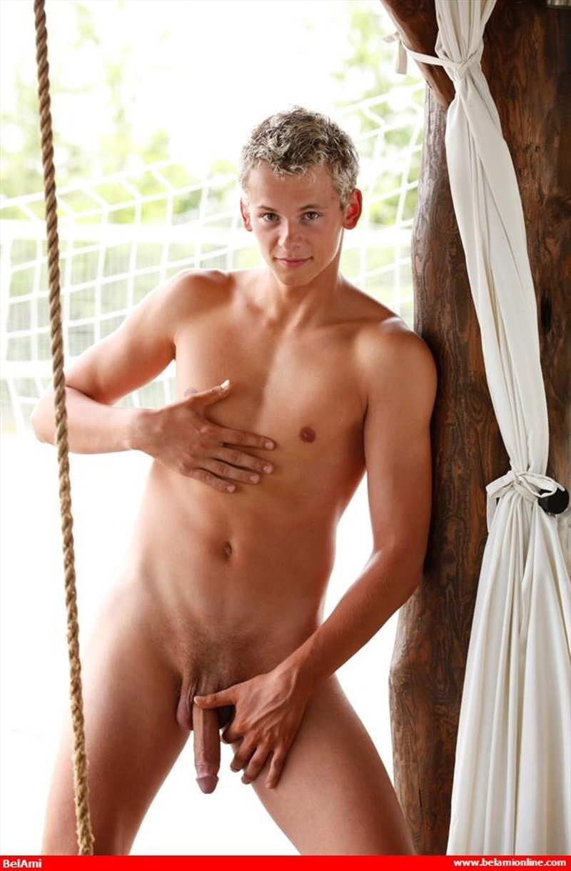 BelamiOnline-Jerome-Exupery-blonde-young-boy-huge-crotch-bulge-underwear-foreskin-sexy-smooth-bubble-butt-jerking-precum-huge-uncut-dick-011-gay-sex-porn-porno-pics-gallery-photo