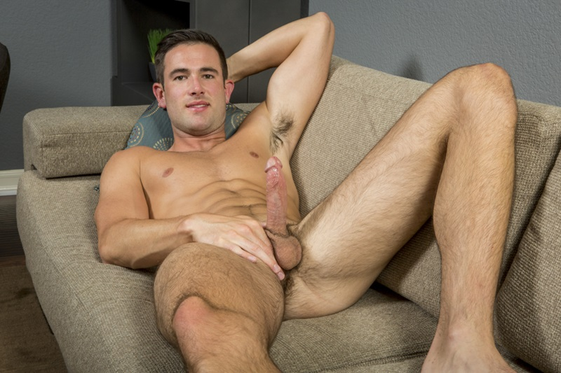 SeanCody-Sexy-young-muscle-dude-Stanley-shorts-ankles-ripped-six-pack-abs-hairy-legs-chest-hair-stubble-muscular-big-dick-wanks-04-gay-porn-star-sex-video-gallery-photo
