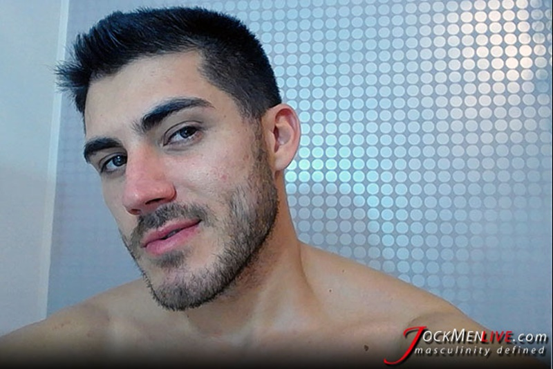 jockmenlive-jock-men-live-shredded-muscle-show-johnny-cool-massive-muscle-bodybuilder-naked-muscleman-huge-arms-lats-ripped-abs-003-gay-porn-sex-gallery-pics-video-photo