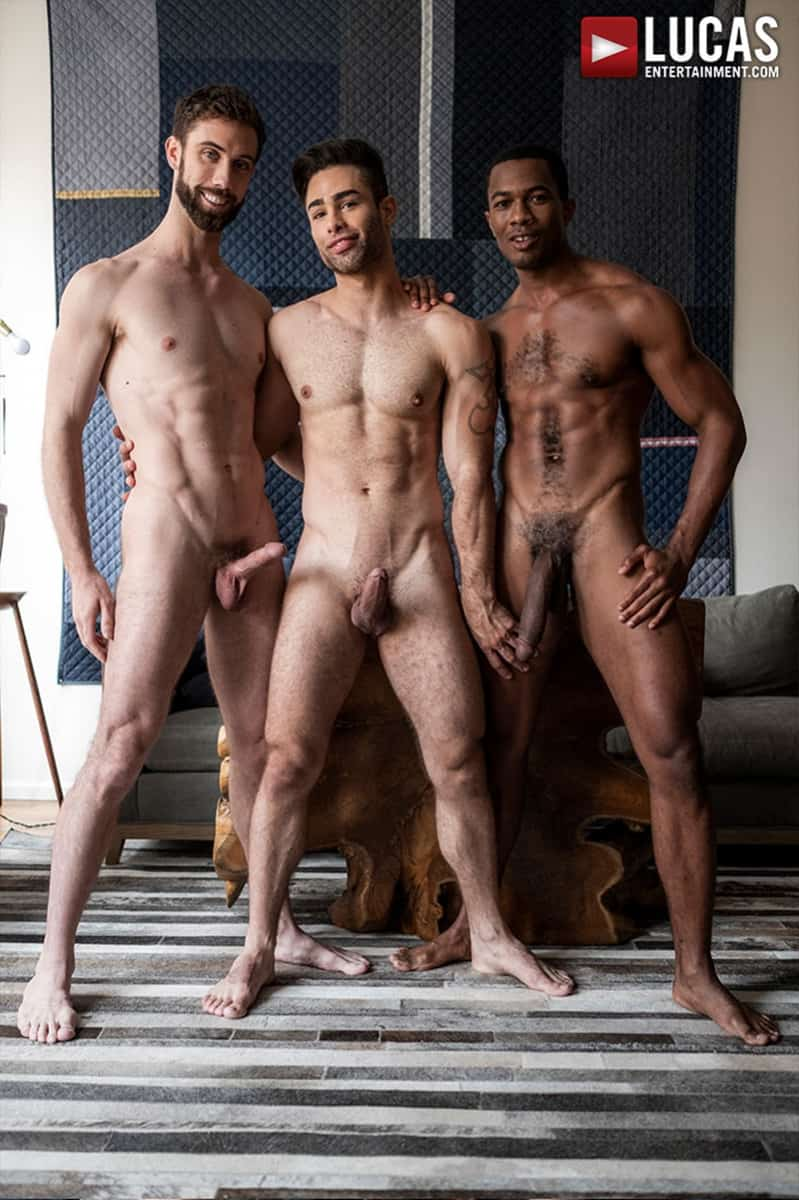 Men for Men Blog JASON-COX-LUCAS-LEON-SEAN-XAVIER-MONSTER-BLACK-DICK-big-muscle-threesome-LucasEntertainment-005-gay-porn-pictures-gallery Hot muscle dudes Jason Cox and Lucas Leon double fucked by Sean Xavier Lucas Entertainment