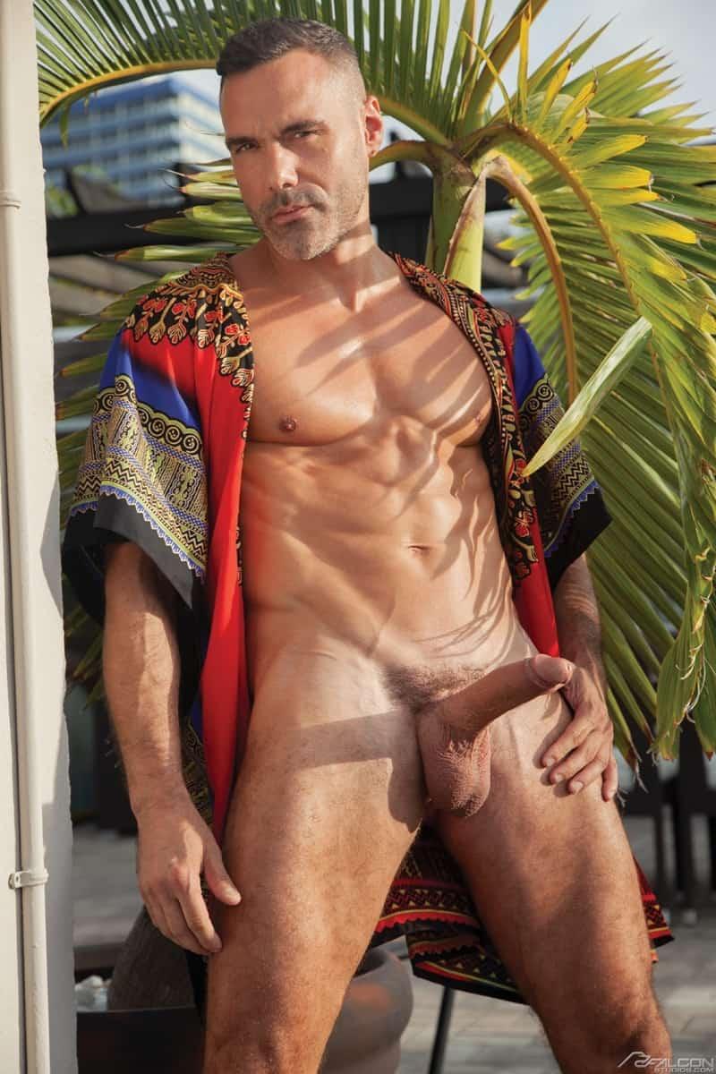 Men for Men Blog Roman-Todd-Manuel-Skye-hot-ass-fucked-hard-massive-dick-FalconStudios-004-gay-porn-pics-gallery Roman Todd's hot ass fucked hard by Manuel Skye's massive dick Falcon Studios
