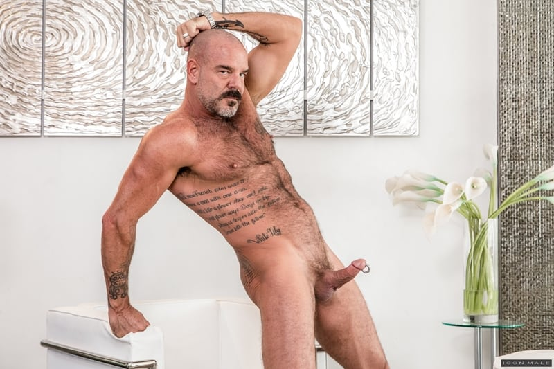 Big-hairy-daddy-Jack-Dyer-fucks-young-dude-Zak-Bishop-hot-smooth-bubble-ass-IconMale-006-Gay-Porn-Pics