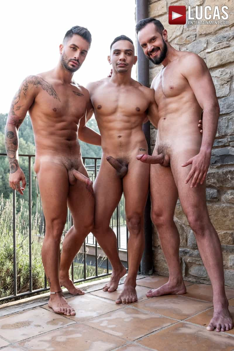 Hottie-muscle-hunks-Andrea-Suarez-Andy-Onassis-J-Anders-uncut-raw-fucking-LucasEntertainment-009-Gay-Porn-Pics